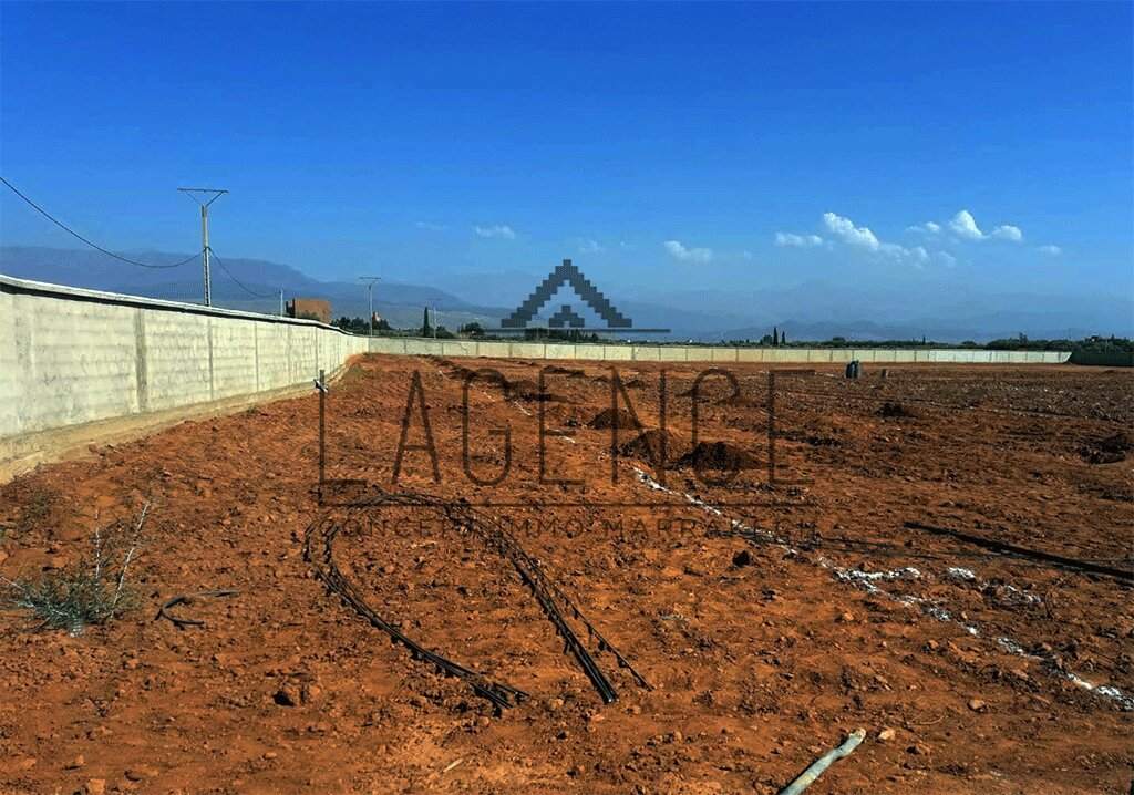 TERRAIN A VENDRE AVEC AUTORISATION DE CONSTRUCTION - ROUTE DE TAMAZOUZT - MARRAKECH
